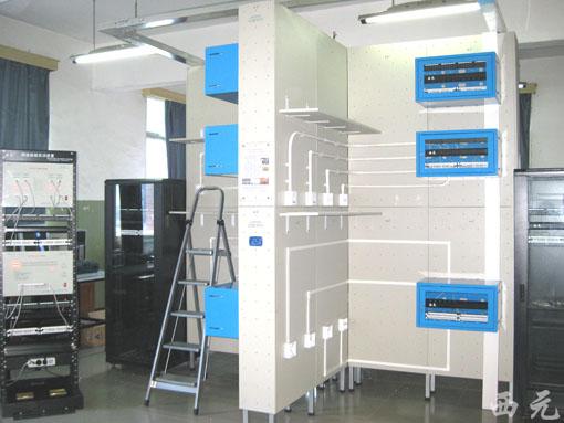 上海信息技术学校网络综合布线实验室全景